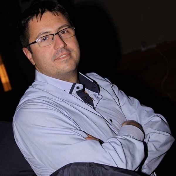 http://ortodoncijadrandjelka.com/wp-content/uploads/2017/12/Porofili-lekara-Dr-Mladen-Gavrančić-1.jpg