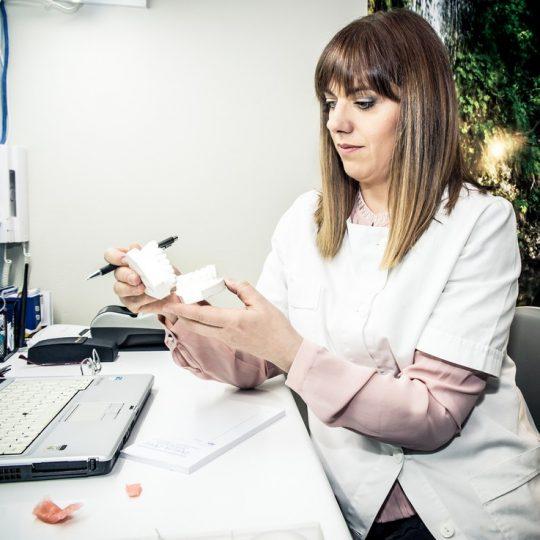 http://ortodoncijadrandjelka.com/wp-content/uploads/2018/04/ortodoncija-18-1-540x540.jpg